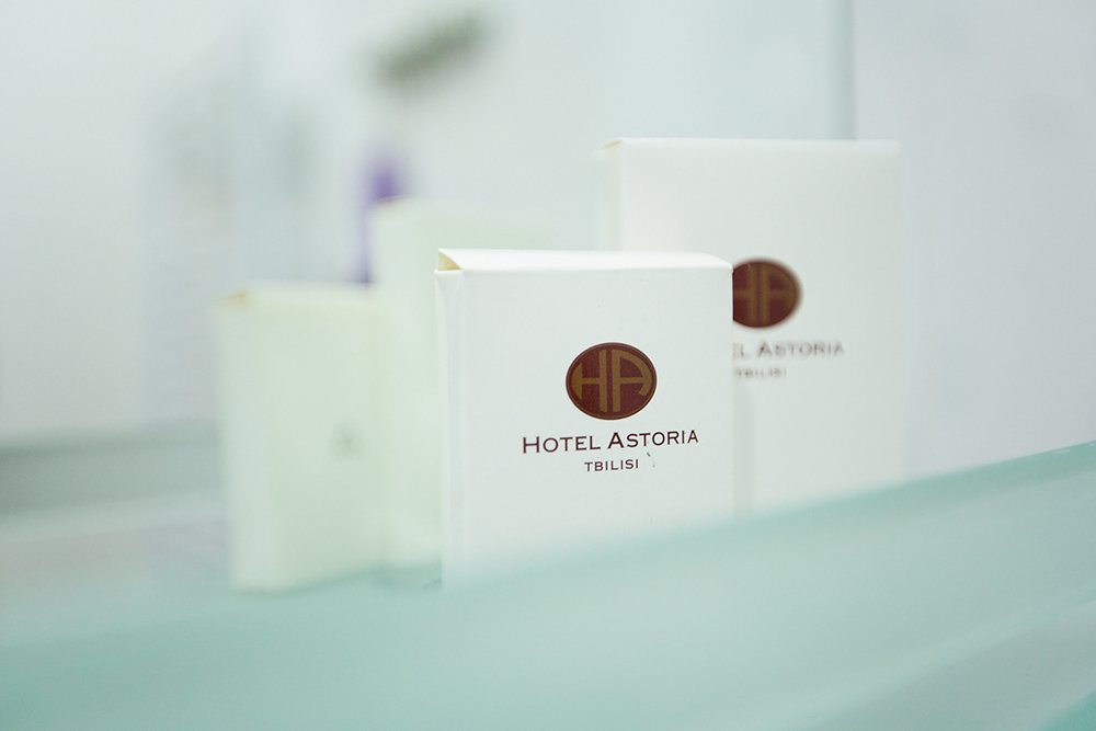 Astoria Hotel Photo